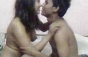 लैटिना, एक टुकड़ा पेटी इंग्लिश सेक्स वीडियो मूवी बिकनी टूट जाता है के साथ एक गंदा चूत में वीर्य