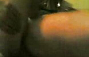 सही गुड़िया इंग्लिश पिक्चर फुल सेक्सी के साथ गेंदों खींच लेता है उसके काले लंड में तेंदुए की पोशाक