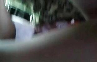 ऊँची एड़ी के जूते सेक्सी मूवी इंग्लिश में और मोज़ा में फर्श पर धार-कैथरीन