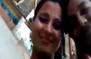 आबनूस टी लड़की सेक्सी होंठ के साथ इंग्लिश फिल्म सेक्सी फुल असली
