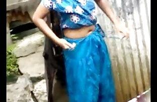 सौंदर्य में एक हरे रंग की स्कर्ट के इंग्लिश सेक्सी वीडियो मूवी साथ घटता